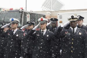 "Chicago Fire - saison 1 ""A Coffin that small"""