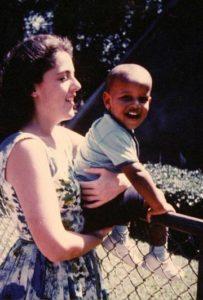 Stanley Ann Dunham et son fils Barack Obama