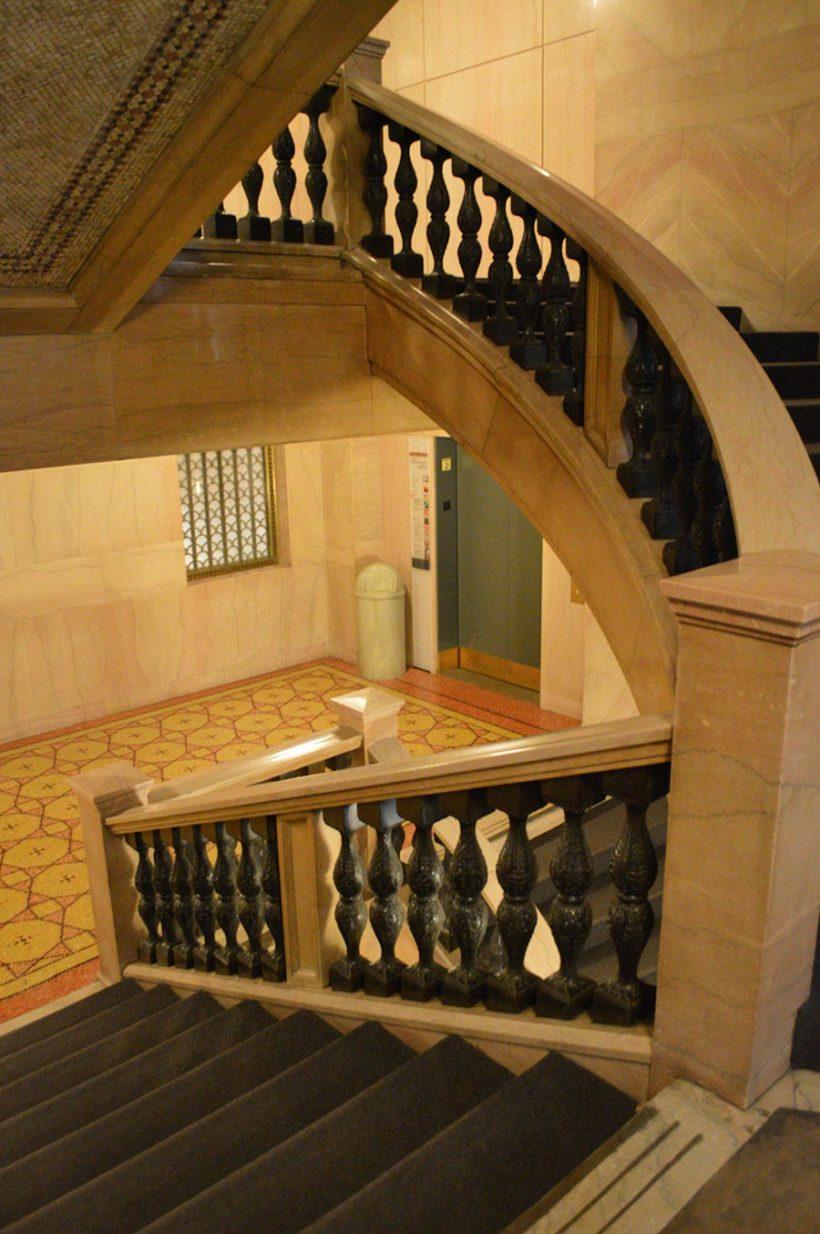Escaliers Cultural Center