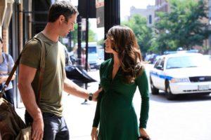 Taylor Kinney et Sarah Shahi dans la saison 2 de Chicago Fire
