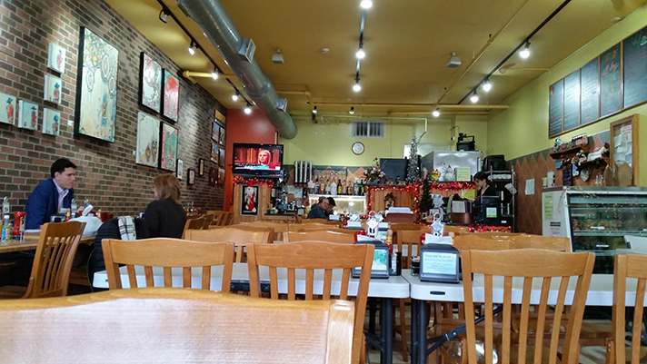 Breakfast chez Janik's Cafe