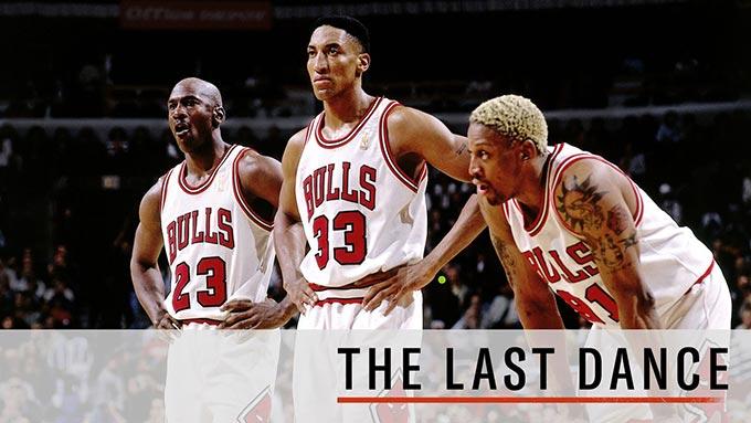 Le célèbre trio des Chicago Bulls avec Michael Jordan, Scottie Pippen et Dennis Rodman